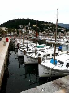 Port Andratx Fischerboote im Wasser